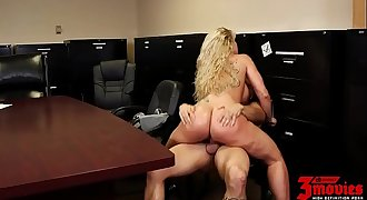 Ryan Conner Busty Milf In Office - Wholedc.com