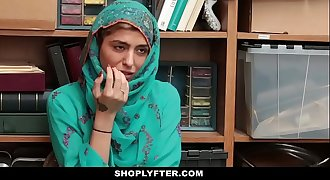 Shoplyfter- Hot Muslim Teenager Caught &_ Harassed
